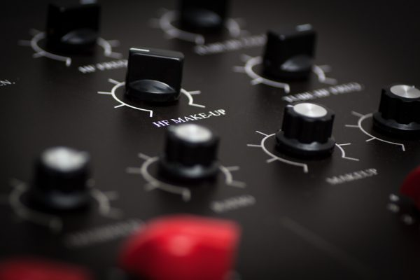 Custom analog mastering hardware